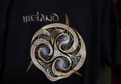 Irisches T-Shirt Triskele