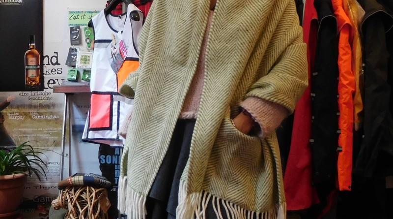 tweed-schal-crop