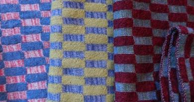 Schals mit Rechteck-Muster