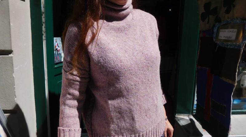 Wollpullover mit Zopfdetails